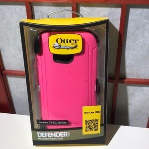Otterbox Defender Case For hatch one (m8) pinkNWT for sale